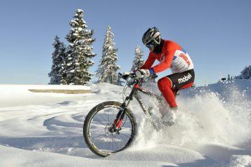 Dušan Kalaba u ponedeljak leti za Švajcarsku u UCI kamp u Iglu